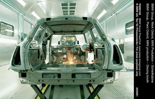BMW Group, Plant Oxford, MINI production - Discing booth (06/2001)