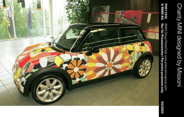 Charity MINI designed by Missoni (05/2003)