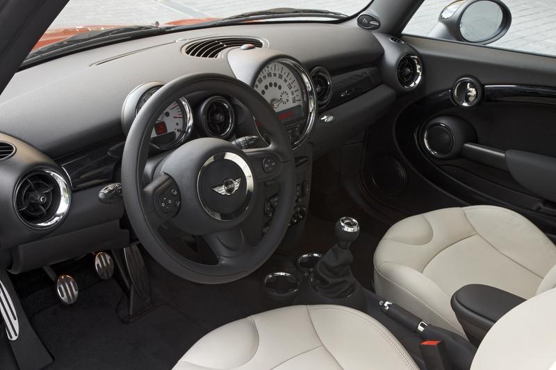 2011 MINI Cooper S<br />