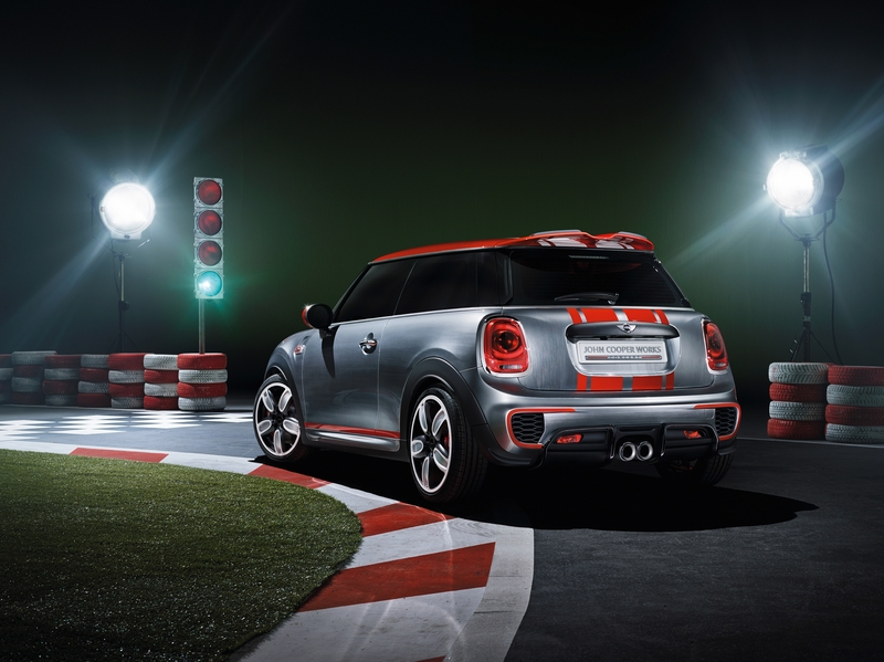 Setting its sights on pole position: The MINI John Cooper Works Concept
