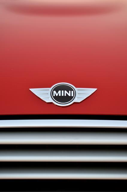 2014 MINI Cooper (02/2014)