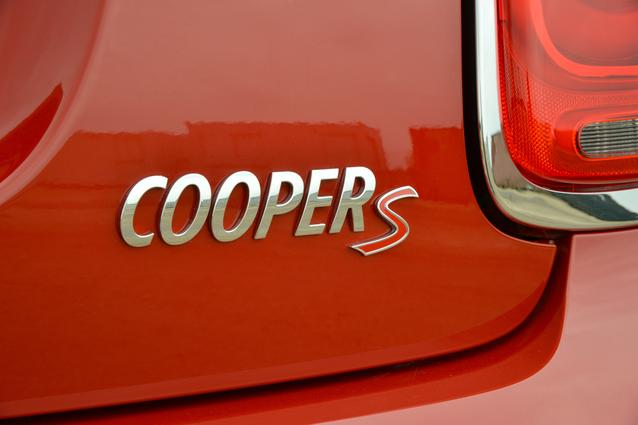 MINI Cooper S 4 door. (09/2014)