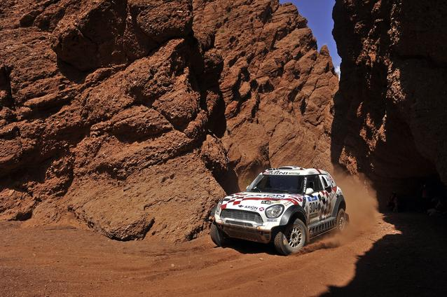 2016 Dakar, Joan Nani Roma (ESP), Alex Haro (ESP), MINI ALL4 Racing - AXION X-raid Team 304 - 11.01.2016