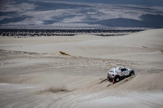 2016 Dakar, Joan Nani Roma (ESP), Alex Haro (ESP), MINI ALL4 Racing - AXION X-raid Team 304 - 13.01.2016