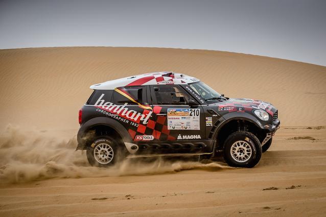 2016 Abu Dhabi Desert Challenge, Stephan Schott (GER), Holm Schmidt (GER) - MINI ALL4 Racing #210 - X-raid Team - 05.04.2016