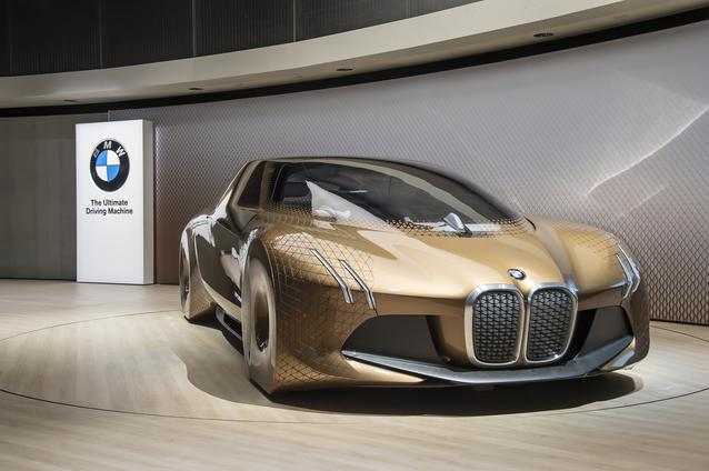 "BMW GROUP THE NEXT 100 YEARS. ""Iconic Impulses. The BMW Group Future Experience"" in London, Roundhouse. BMW VISION NEXT 100 in BMW brand space (06/2016)"