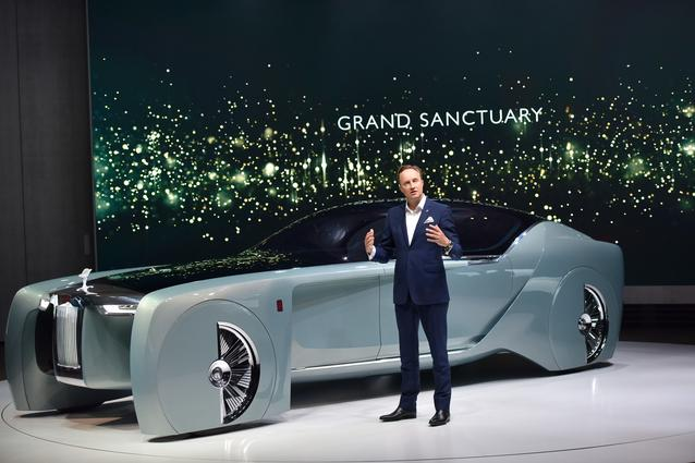 "BMW GROUP THE NEXT 100 YEARS. ""Iconic Impulses. The BMW Group Future Experience"". World Premiere of the Rolls-Royce VISION NEXT 100. Press Conference 16 June 2016, London, Roundhouse. Giles Taylor, Design Director Rolls-Royce Motor Cars (06/2016)"
