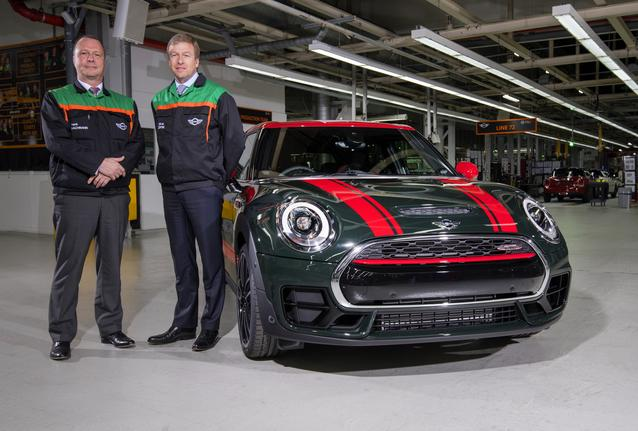 Three millionth Oxford-built MINI - Oliver Zipse, member of the Board of Management of BMW AG, responsible for Production, alongside Frank Bachmann, Managing Director, Plant Oxford.