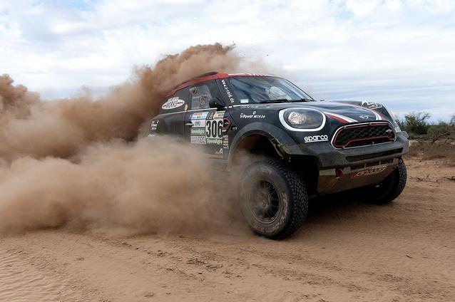 2017 Dakar, Yazeed Al-Rajhi (KSA), Timo Gottschalk (GER), MINI John Cooper Works Rally - X-raid Team 306 - 12.01.2017