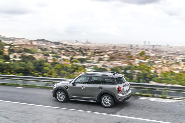 MINI Cooper S E Countryman ALL4 Batch