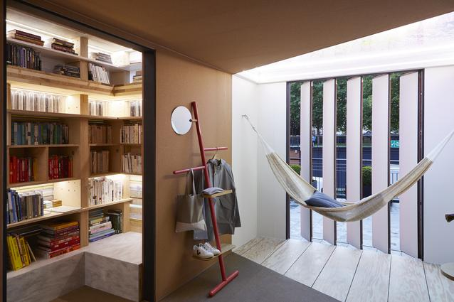 Inside the MINI LIVING - URBAN CABIN, which has opened today on the Southbank as part of London Design Festival 2017. The brand has collaborated with London based architect Sam Jacobs on the installation, to explore how innovative design can help support our ever-growing cities and the increasing demand for multi-purpose communal spaces.
