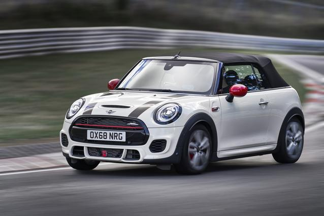 MINI John Cooper Works Convertible. (12/2018)