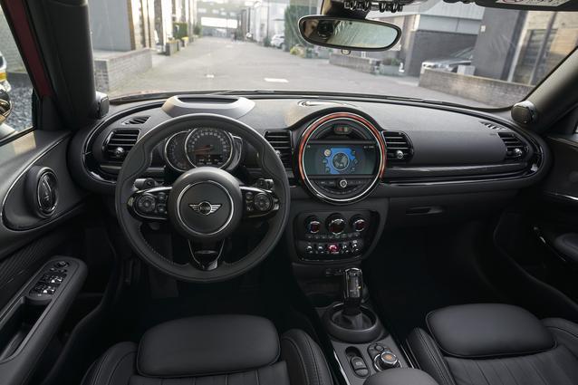 MINI Cooper S Clubman. (04/19)