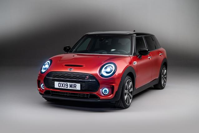 The new MINI Clubman. Studioshooting MINI Cooper S Clubman.